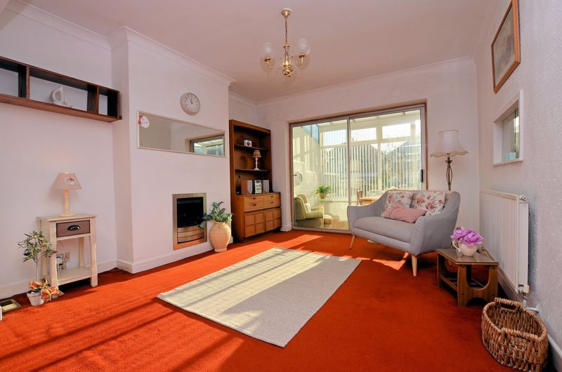 3 bed house for sale in Grayswood Park Road  - Property Image 3