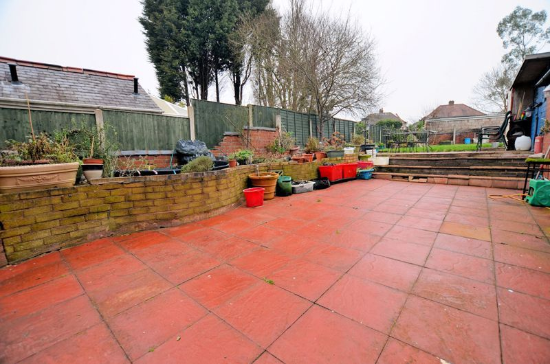 3 bed house for sale in Long Lane 13