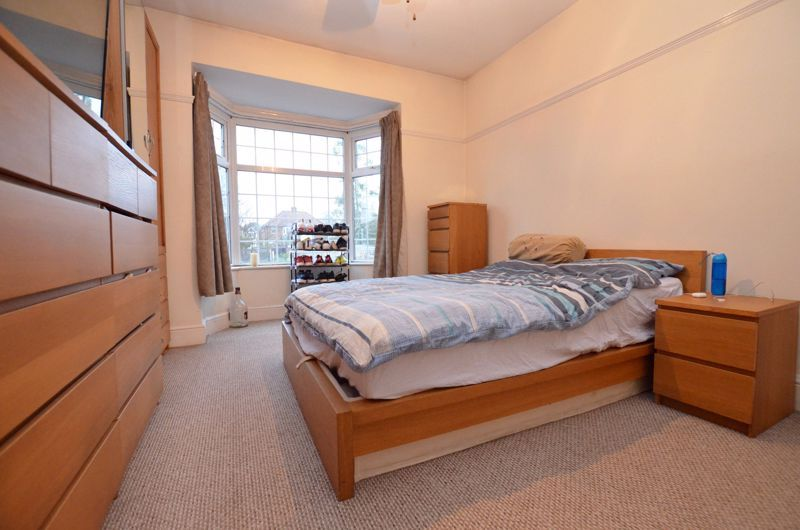 3 bed house for sale in Long Lane 16