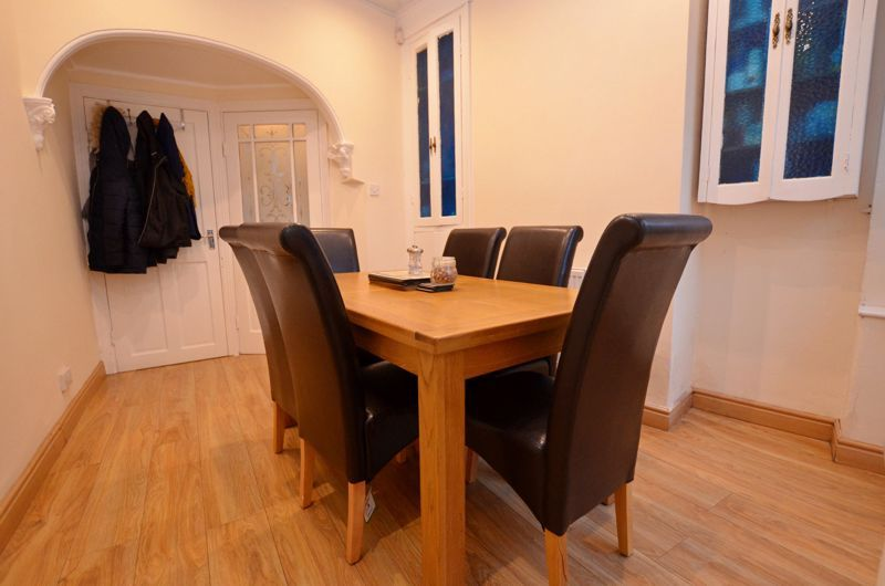3 bed house for sale in Long Lane 10