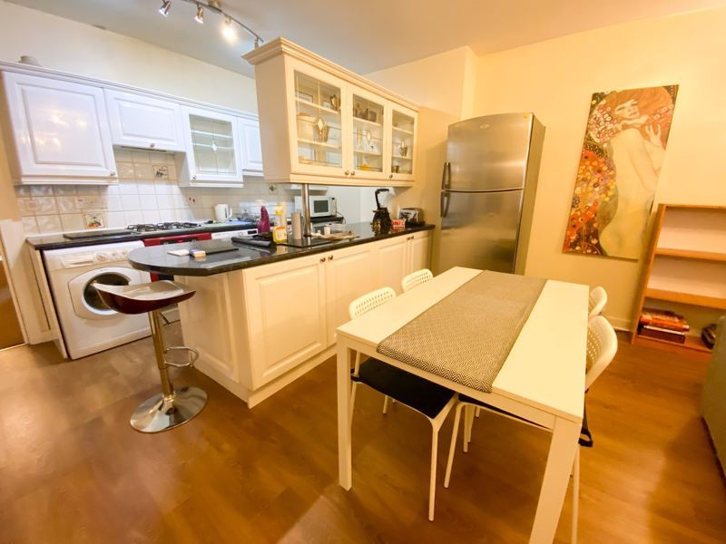 1 bed flat to rent in Bearwood Road 2