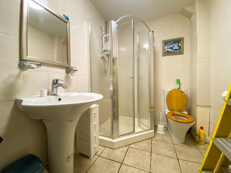 1 bed flat to rent in Bearwood Road  - Property Image 4