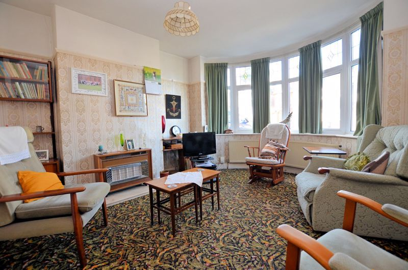 3 bed house for sale in Beverley Court Road 2