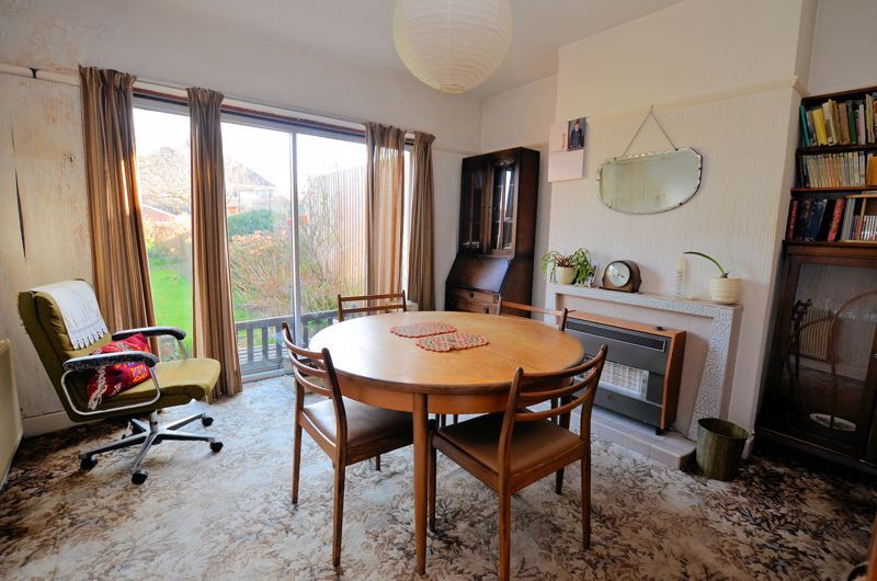 3 bed house for sale in Beverley Court Road 3