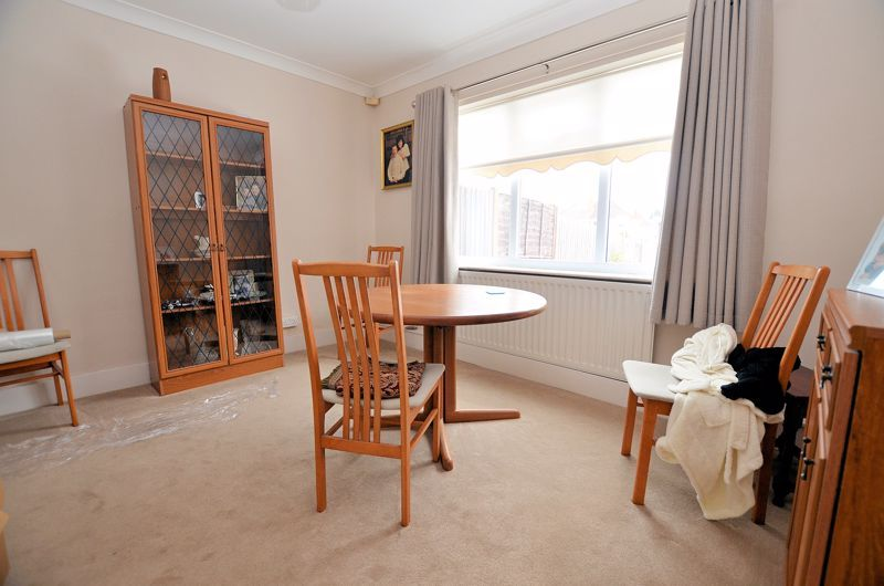 3 bed house for sale in Lunt Grove 3