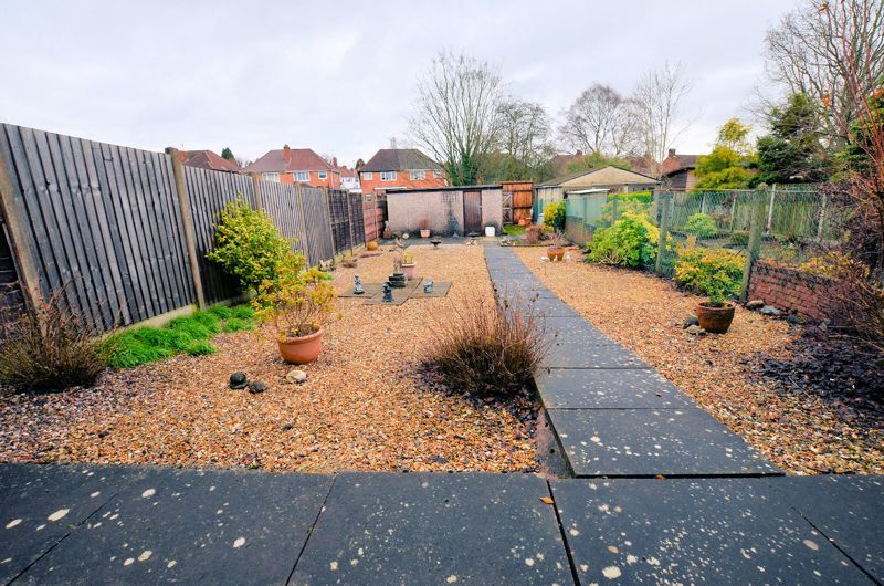 3 bed house for sale in Lunt Grove 4