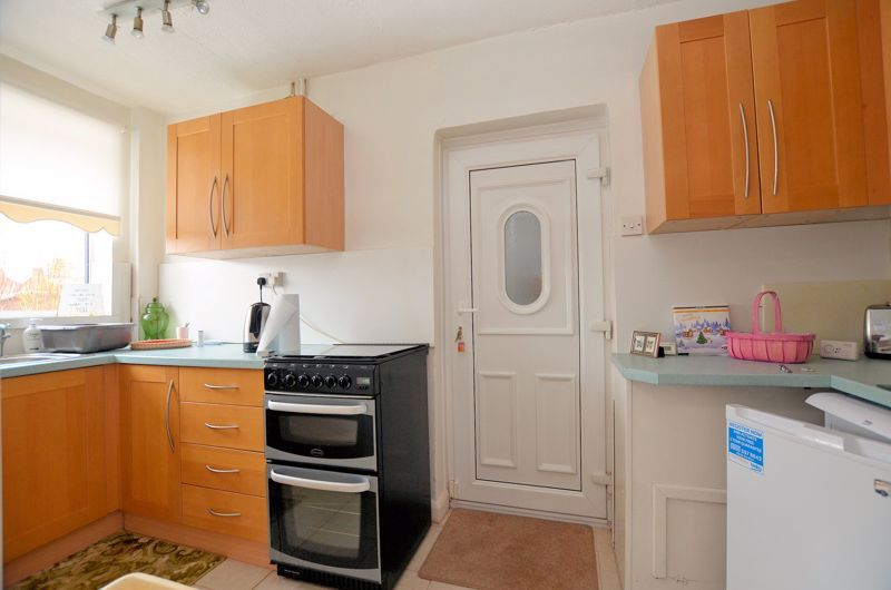 3 bed house for sale in Lunt Grove 5