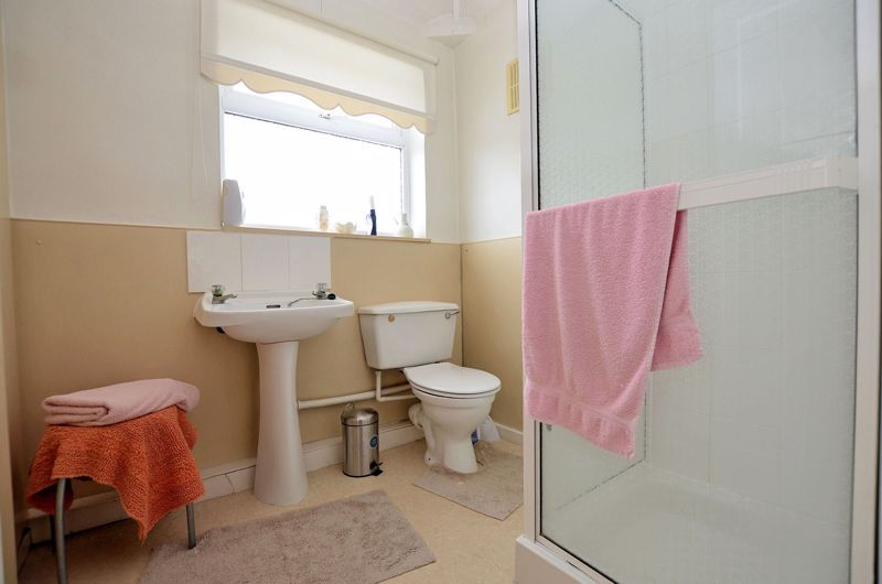 3 bed house for sale in Lunt Grove 10