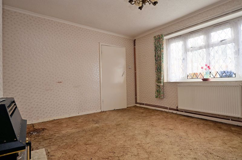 3 bed house for sale in Fleming Road  - Property Image 2