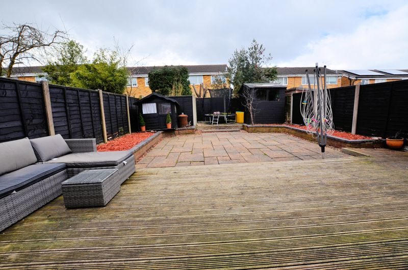 3 bed house for sale in Tay Grove 8