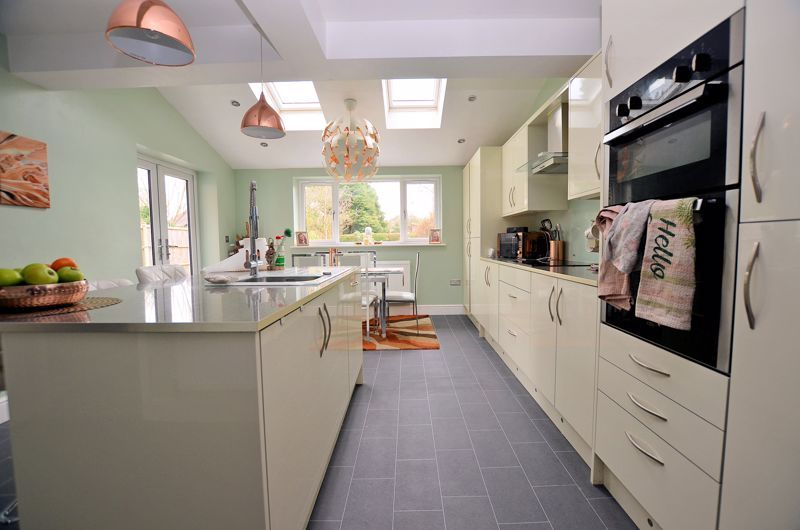 4 bed house for sale in Clydesdale Road  - Property Image 15