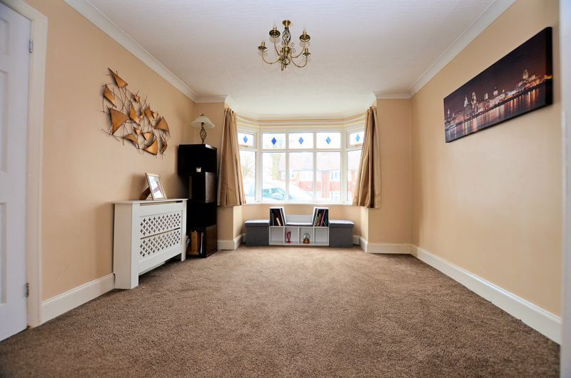 4 bed house for sale in Clydesdale Road  - Property Image 3