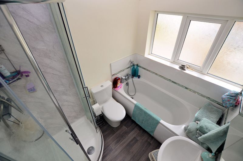 4 bed house for sale in Clydesdale Road  - Property Image 7