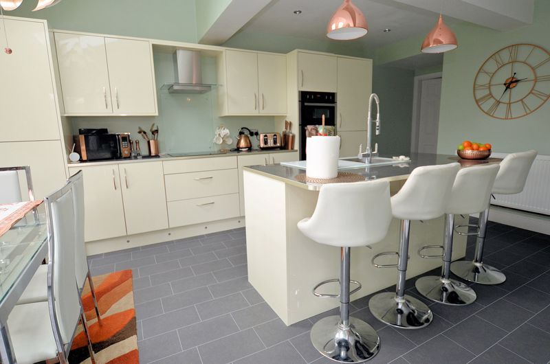 4 bed house for sale in Clydesdale Road 9