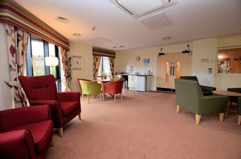 2 bed  for sale in Queensridge Court, Queensway 14