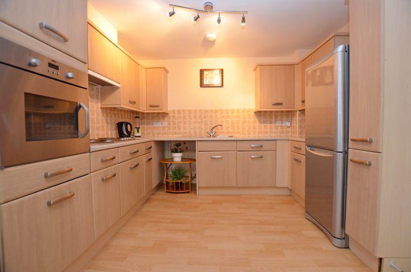 2 bed  for sale in Queensridge Court, Queensway  - Property Image 3