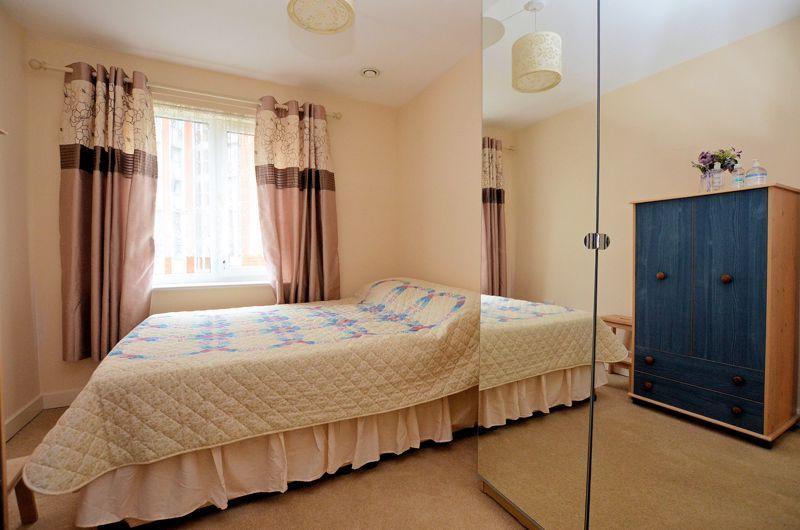 2 bed  for sale in Queensridge Court, Queensway 6