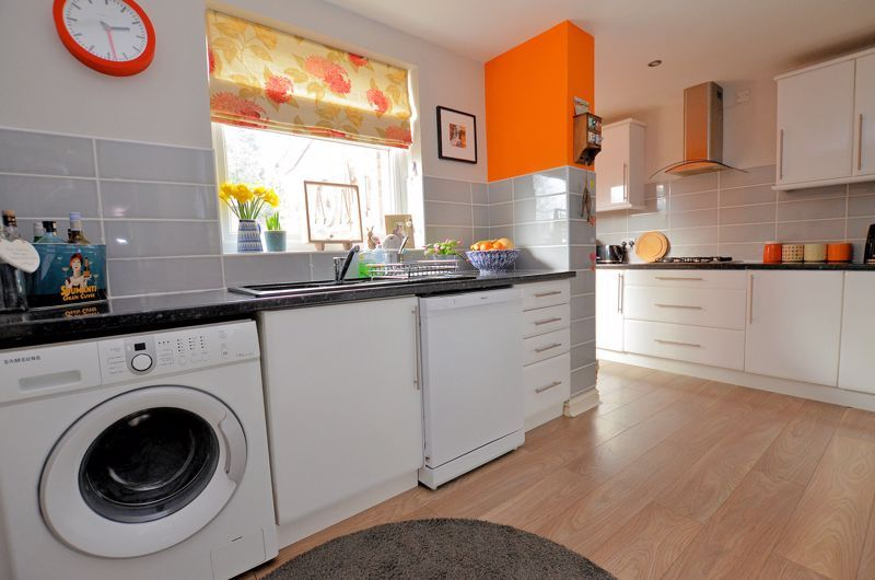 4 bed house for sale in Edenhall Road  - Property Image 12