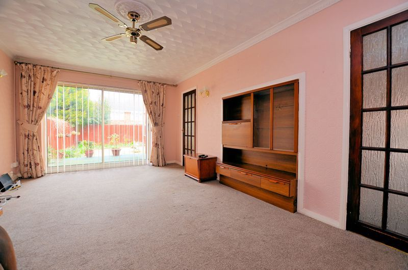2 bed bungalow for sale in Elmdale 2