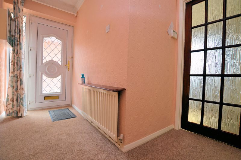 2 bed bungalow for sale in Elmdale  - Property Image 11