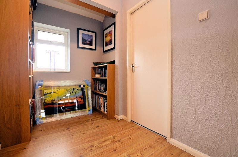 3 bed house for sale in Edison Grove  - Property Image 12