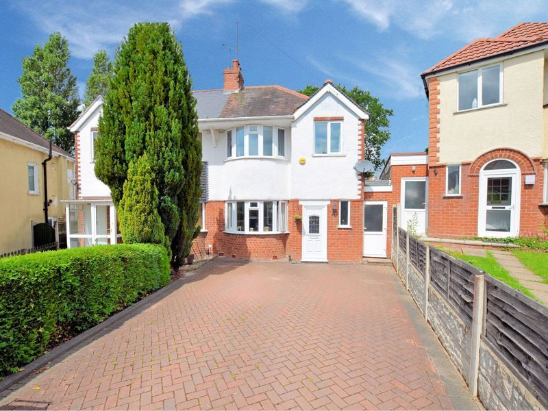 3 bed house for sale in Bent Avenue 1