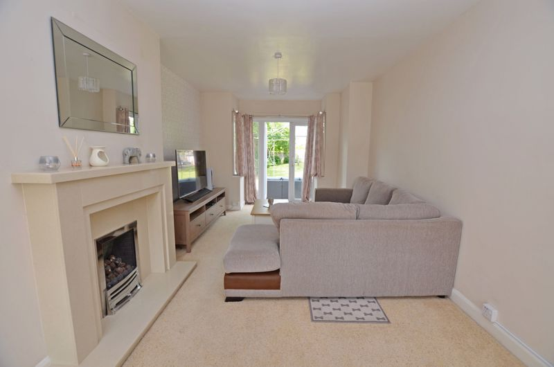 3 bed house for sale in Bent Avenue  - Property Image 2
