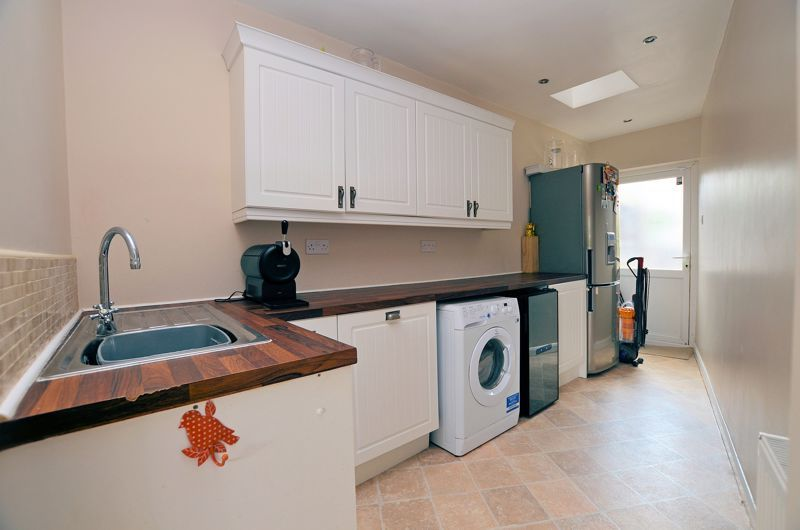 3 bed house for sale in Bent Avenue 15