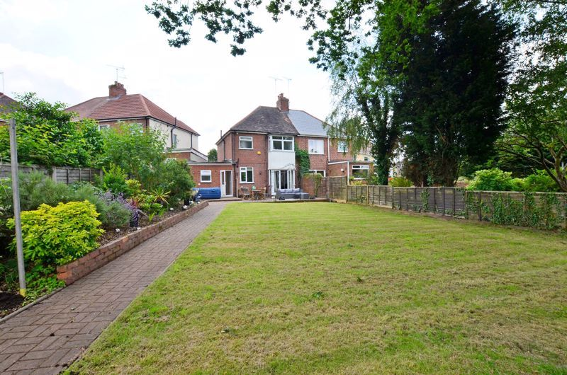 3 bed house for sale in Bent Avenue 19