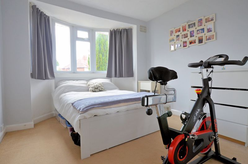3 bed house for sale in Bent Avenue  - Property Image 6