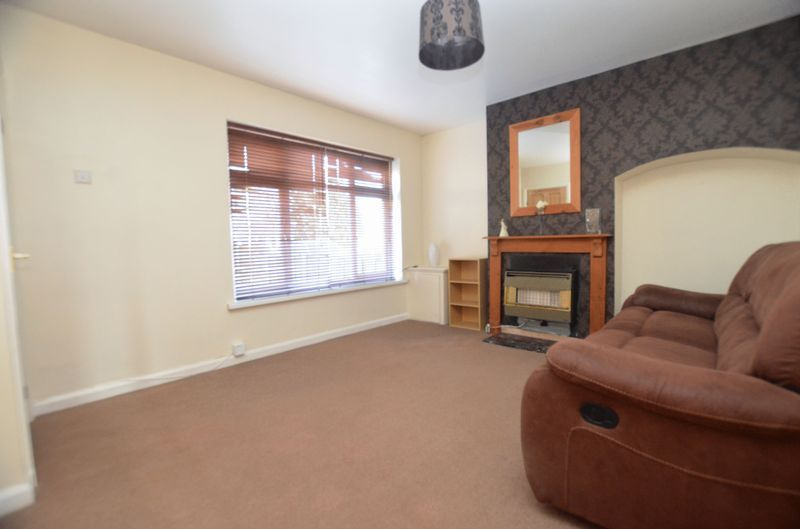 3 bed house for sale in Pavilion Avenue  - Property Image 2