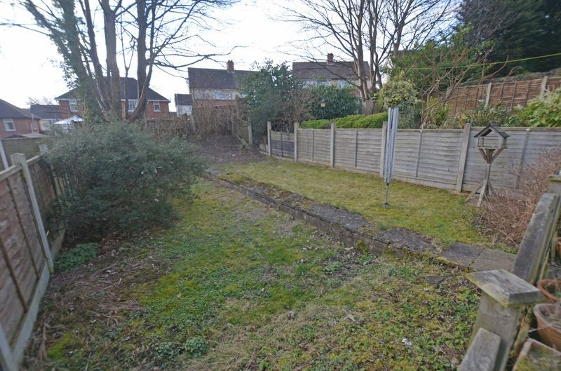 3 bed house for sale in Pavilion Avenue 12