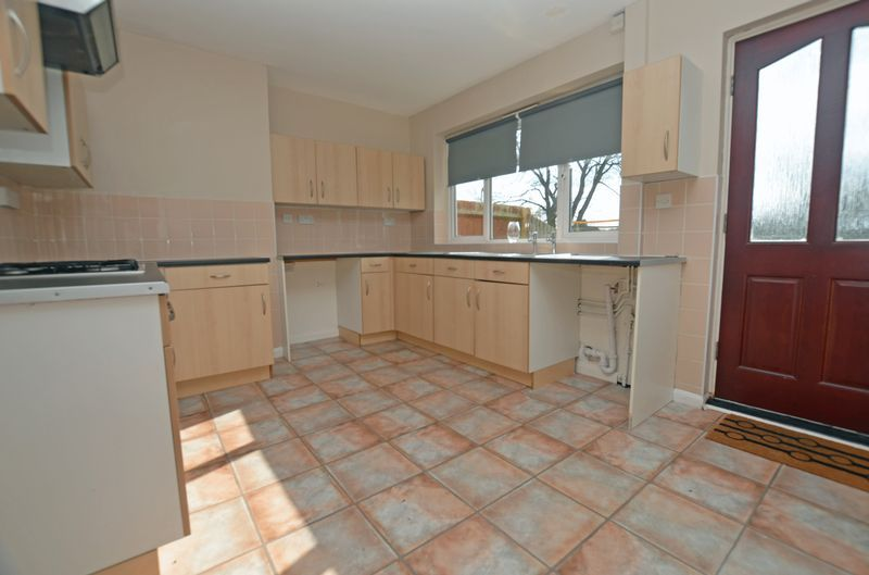 3 bed house for sale in Pavilion Avenue  - Property Image 3