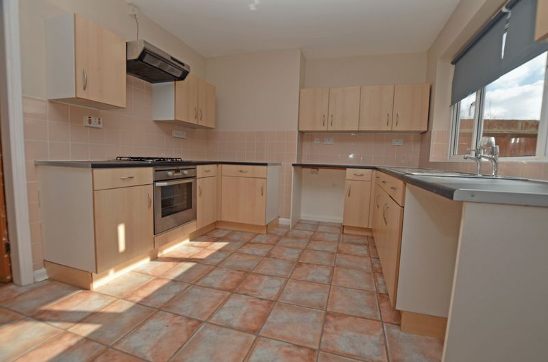 3 bed house for sale in Pavilion Avenue 4