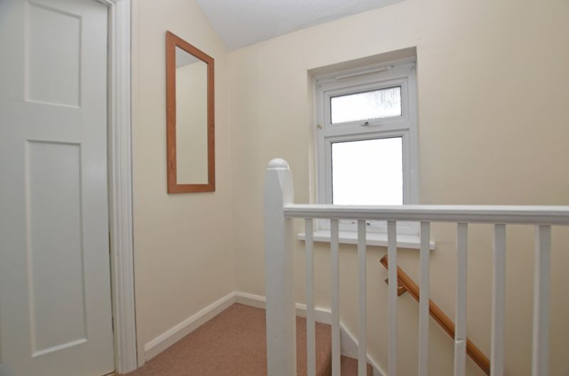 3 bed house for sale in Pavilion Avenue 5