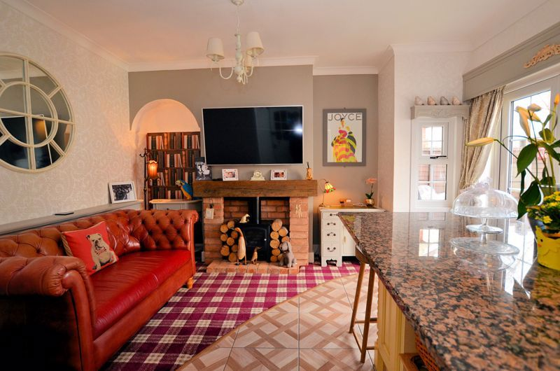 3 bed house for sale in Hagley Road West 3