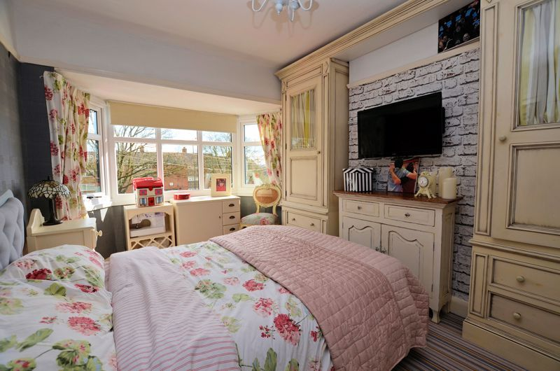 3 bed house for sale in Hagley Road West 6