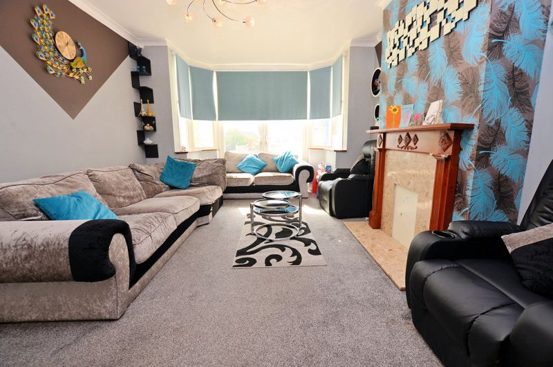 4 bed house for sale in Forest Road 12
