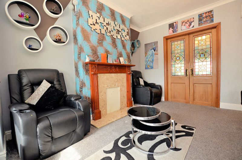 4 bed house for sale in Forest Road 13