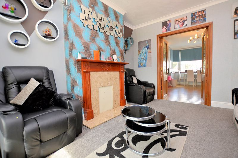 4 bed house for sale in Forest Road  - Property Image 15