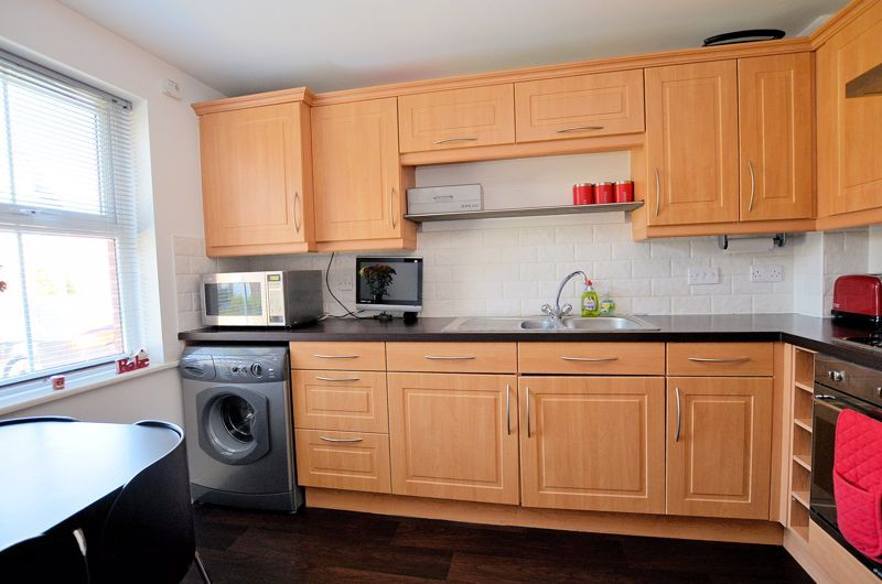 3 bed house for sale in Princes Way 12