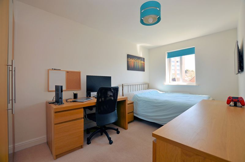3 bed house for sale in Princes Way 16