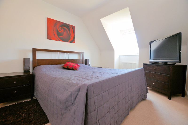 3 bed house for sale in Princes Way  - Property Image 19
