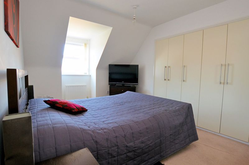 3 bed house for sale in Princes Way 5
