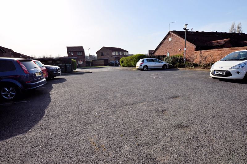 2 bed bungalow for sale in Harden Keep, Millpool Way  - Property Image 11