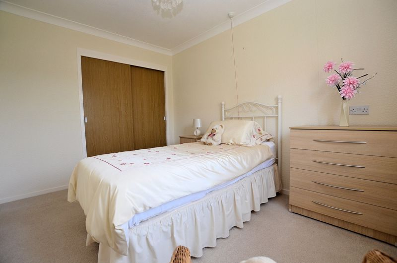 2 bed bungalow for sale in Harden Keep, Millpool Way 13