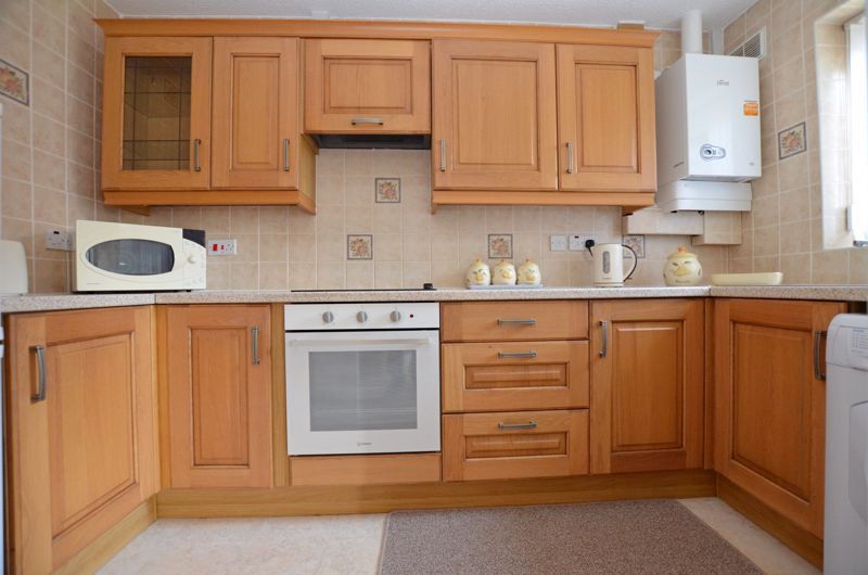 2 bed bungalow for sale in Harden Keep, Millpool Way  - Property Image 3