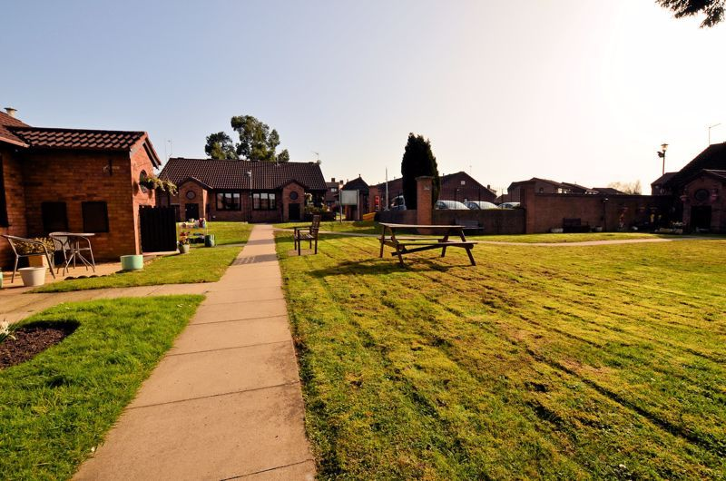 2 bed bungalow for sale in Harden Keep, Millpool Way 4