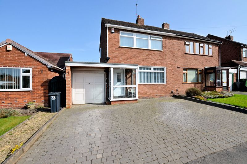 3 bed house for sale in Lansdowne Road, B62