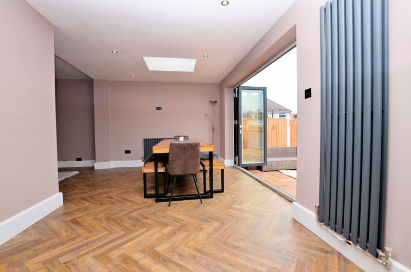 3 bed house for sale in Garland Crescent 12